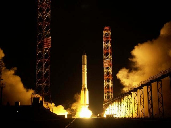 Start der Proton-M mit AMC 14