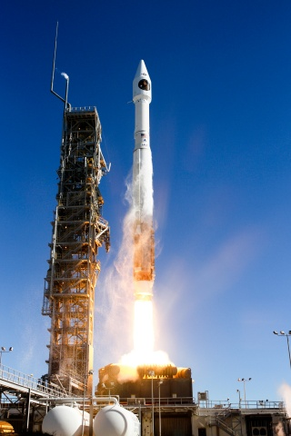 Start der Atlas-V mit NROL 79
